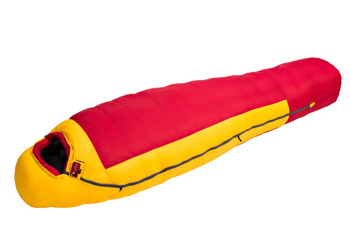 Спальный мешок BASK KARAKORAM V3 XXL 3537AСпальные мешки<br><br><br>Верхняя ткань: Advance®Perfomance<br>Вес без упаковки: 2395<br>Вес упаковки: 210<br>Вес утеплителя: 1300<br>Внутренняя ткань: Advance® Ecliptic<br>Возможность состегивания: Да<br>Назначение: Экстремальный<br>Наличие карманов: Да<br>Наполнитель: Гусиный пух<br>Нижняя температура комфорта °C: -21<br>Подголовник/Капюшон: Да<br>Показатель Fill Power (для пуховых изделий): 800<br>Пол: Унисекс<br>Размер в упакованном виде (диаметр х длина): 24х59<br>Размеры наружные (внутренние): 234х211х95х65 (228х203х87х58)<br>Система расположения слоев утеплителя или пуховых пакетов: Смещенные швы+продольное<br>Температура комфорта °C: -13<br>Тесьма вдоль планки: Да<br>Тип молнии: Двухзамковая-разъёмная<br>Тип утеплителя: Натуральный<br>Утеплитель: Гусиный пух<br>Утепляющая планка: Да<br>Форма: Кокон<br>Шейный пакет: Да<br>Экстремальная температура °C: -44<br>Размер RU: R<br>Цвет: ХАКИ