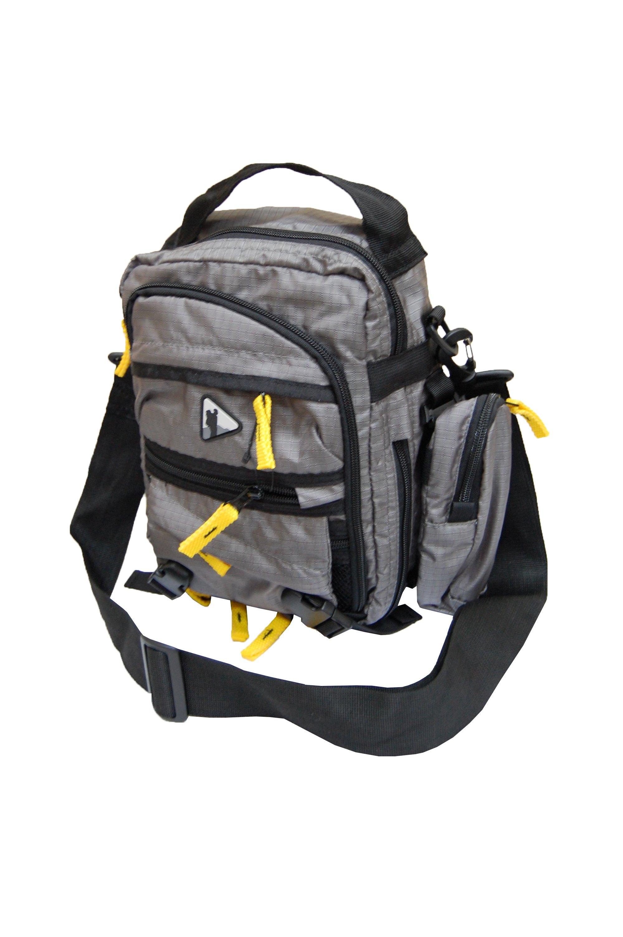 Сумка на плечо BASK DAKIT V2 5097aСтильная функциональная сумка через плечо. Подойдет для походов на работу и учебу.<br><br>Анатомическая конструкция спины и ремней: Нет<br>Вентиляция спины: Нет<br>Вес граммы: 440<br>Внутренние карманы: Да<br>Внутренняя перегородка: Да<br>Возможность крепления сноуборда/скейтборда/лыж: Нет<br>Грудной фиксатор: Нет<br>Карман для гидратора: Нет<br>Карман для средств связи: Да<br>Карманы на поясе: Нет<br>Накидка от дождя: Нет<br>Наружная навеска: неприменимо<br>Наружные карманы: Да<br>Нижний вход: Нет<br>Объем л.: до 15<br>Регулировка объема: круговая молния<br>Регулировка угла наклона пояса: Нет<br>Светоотражающий кант: Нет<br>Ткань: 100D Robic® Triple Rip 2000 мм Н2О UTS<br>Усиление дна: Нет<br>Фурнитура: Duraflex®