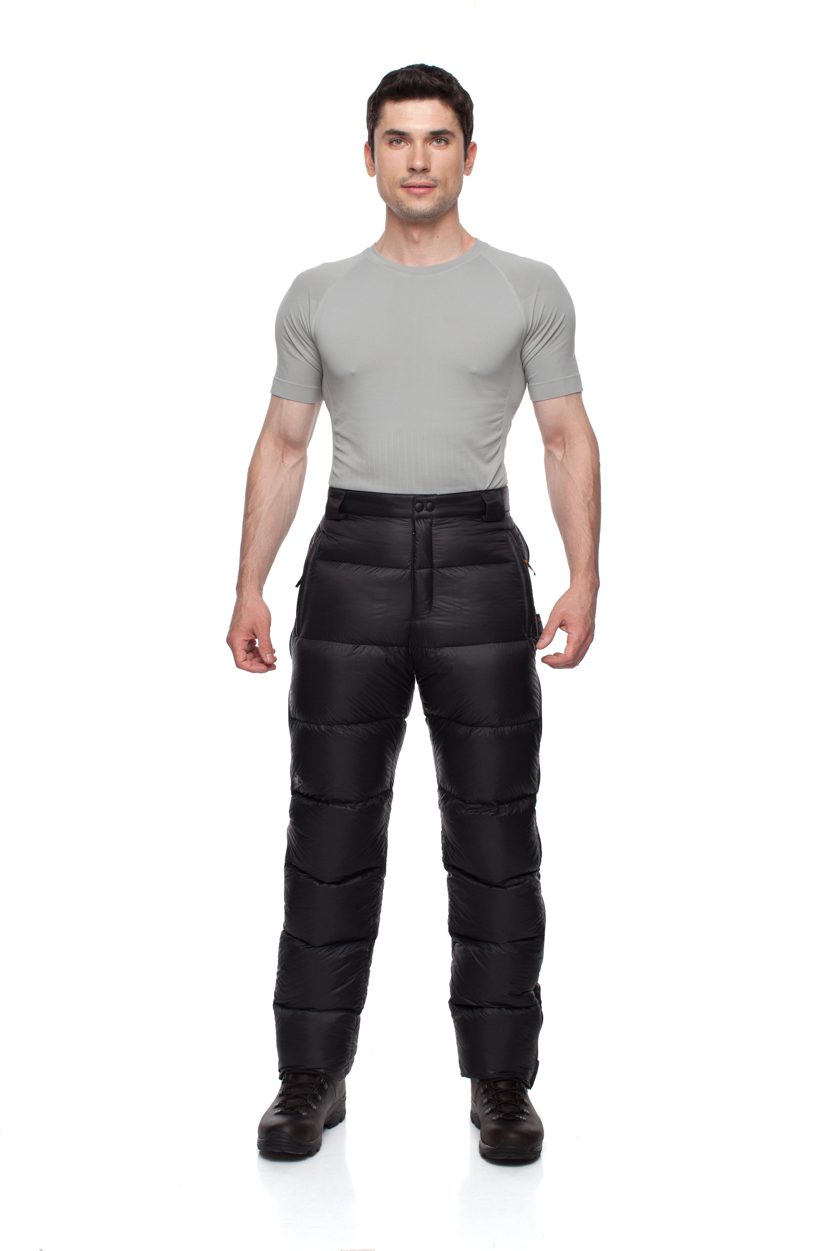 Пуховые брюки BASK MERIBEL V3 3323Универсальные брюки-самосбросы. В качестве утеплителя используется пух высокого качества.<br><br>Верхняя ткань: Advance® Superior<br>Вес граммы: 430<br>Вес утеплителя: 140<br>Влагозащитные молнии: Нет<br>Внутренняя ткань: Advance® Superior<br>Количество внешних карманов: 2<br>Объемный крой коленей: Да<br>Отстегивающийся задний клапан: Нет<br>Пол: Унисекс<br>Регулировка объема нижней части штанин: Да<br>Регулировка пояса: Да<br>Регулируемые бретели: Нет<br>Регулируемые вентиляционные отверстия: Нет<br>Самосбросы: Да<br>Система крепления к нижней части брюк: Нет<br>Снегозащитные муфты: Нет<br>Съемные защитные вкладыши: Нет<br>Температурный режим: -10<br>Технология Thermal Welding: Нет<br>Тип утеплителя: натуральный<br>Тип шва: простые<br>Усиление швов закрепками: Да<br>Утеплитель: гусиный пух<br>Функциональная молния спереди: Да<br>Размер RU: 42<br>Цвет: ЧЕРНЫЙ