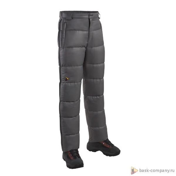 Пуховые брюки BASK MERIBEL V3 3323Универсальные брюки-самосбросы. В качестве утеплителя используется пух высокого качества.<br><br>Верхняя ткань: Advance® Superior<br>Вес граммы: 430<br>Вес утеплителя: 140<br>Влагозащитные молнии: Нет<br>Внутренняя ткань: Advance® Superior<br>Количество внешних карманов: 2<br>Объемный крой коленей: Да<br>Отстегивающийся задний клапан: Нет<br>Пол: Унисекс<br>Регулировка объема нижней части штанин: Да<br>Регулировка пояса: Да<br>Регулируемые бретели: Нет<br>Регулируемые вентиляционные отверстия: Нет<br>Самосбросы: Да<br>Система крепления к нижней части брюк: Нет<br>Снегозащитные муфты: Нет<br>Съемные защитные вкладыши: Нет<br>Температурный режим: -10<br>Технология Thermal Welding: Нет<br>Тип утеплителя: натуральный<br>Тип шва: простые<br>Усиление швов закрепками: Да<br>Утеплитель: гусиный пух<br>Функциональная молния спереди: Да<br>Размер RU: 54<br>Цвет: ЧЕРНЫЙ