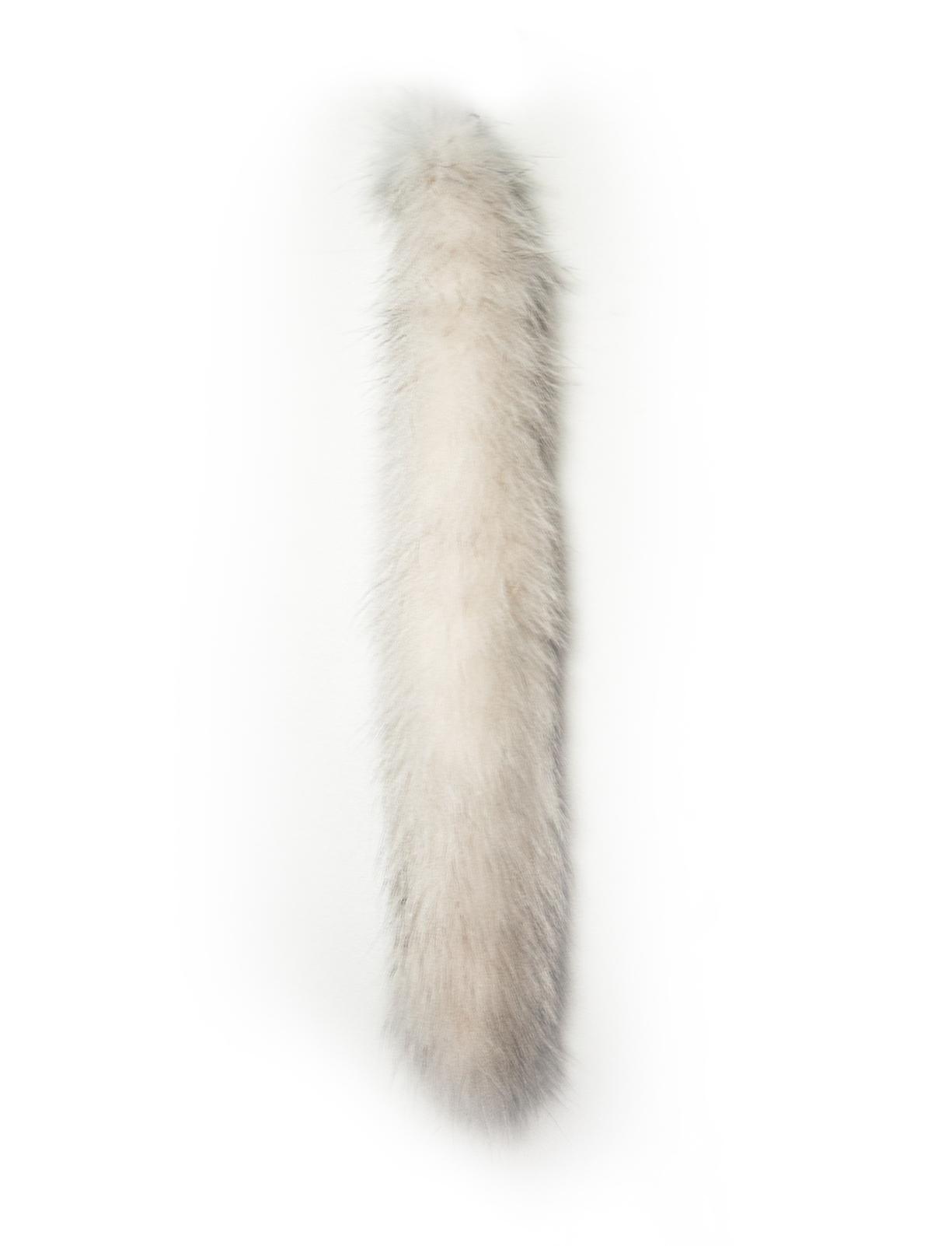 Опушка BASK МЕХ ЛИСА АРКТИЧЕСКАЯ  55*3 1212Опушка из натурального меха лисы арктической<br><br>Материал изготовления: натуральный мех лисы арктической<br>Пол: Унисекс<br>Цвет: НЕИЗВЕСТНЫЙ