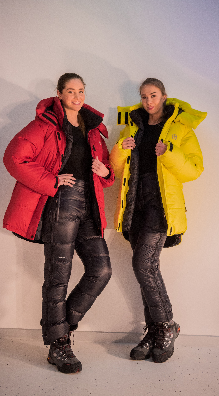 Женская пуховая куртка БАСК KHAN TENGRI-W V5 3325BКуртки<br>Одна из самых популярных зимних пуховок коллекции НПФ Баск. Женская версия имеет приталенный крой, выглядит изящнее и легче, но при этом, ни в чем не уступает мужской. В версии V7 в качестве верхней ткани используется ткань Gelanots&amp;reg; GHB<br><br>&quot;Дышащие&quot; свойства: Да<br>Верхняя ткань: Gelanots® GHB<br>Вес граммы: 1150<br>Вес утеплителя: 440<br>Ветро-влагозащитные свойства верхней ткани: Да<br>Ветрозащитная планка: Да<br>Ветрозащитная юбка: Да<br>Влагозащитные молнии: Нет<br>Внутренние манжеты: Да<br>Внутренняя ткань: Advance® Classic<br>Водонепроницаемость: 1000<br>Дублирующий центральную молнию клапан: Да<br>Защитный козырёк капюшона: Нет<br>Капюшон: Съемный<br>Количество внешних карманов: 2<br>Количество внутренних карманов: 3<br>Коллекция: Alpine Expert DOWN<br>Мембрана: Gelanots®GHB<br>Объемный крой локтевой зоны: Да<br>Отстёгивающиеся рукава: Нет<br>Паропроницаемость: 7000<br>Показатель Fill Power (для пуховых изделий): 850<br>Пол: Женский<br>Проклейка швов: Нет<br>Регулировка манжетов рукавов: Да<br>Регулировка низа: Да<br>Регулировка объёма капюшона: Да<br>Регулировка талии: Да<br>Регулируемые вентиляционные отверстия: Нет<br>Световозвращающая лента: Нет<br>Температурный режим: -35<br>Технология Thermal Welding: Нет<br>Технология швов: Теплые и закрытые<br>Тип молнии: Двухзамковая<br>Тип утеплителя: Натуральный<br>Ткань усиления: Advance® Ecliptic<br>Усиление контактных зон: Да<br>Утеплитель: Гусиный пух<br>Размер RU: 44<br>Цвет: ЧЕРНЫЙ
