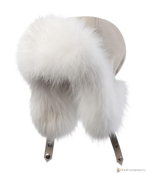 Шапка BASK OYMIAKON LH 3791Тёплая зимняя меховая шапка-ушанка из ткани Advance &amp;reg; Alaska с мехом полярной лисы.<br><br>Верхняя ткань: Advance ® Alaska<br>Внутренняя ткань: Nylon<br>Пол: Жен.<br>Регулировка застежкой Velcro: Нет<br>Регулировка шнуром с фиксатором: Нет<br>Утеплитель: Termofil® и мех полярной лисы