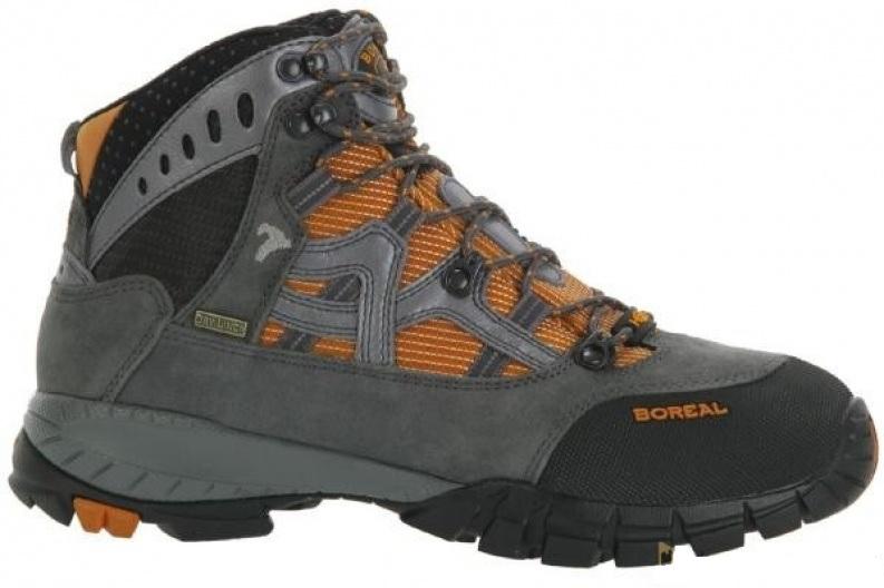 Ботинки Boreal YUROK B44930Легкие треккинговые ботинки из кожи.<br><br>Вентиляция стельки: Да<br>Вес пары размера 7 UK: 1115<br>Материал верха: Высококачественная кожа  2мм с влагозащитной обработкой в комбинации с прочным материалом Teramida SL.<br>Мембрана: Sympatex<br>Подошва: Vibram Ananasi<br>Пол: Муж.<br>Промежуточная подошва: Boreal PXF<br>Размер (Россия): 38-45,5<br>Рант для крепления &quot;кошек&quot;: Нет<br>Режим эксплуатации: 2-3х сезонные ботинки для трекинга, горных походов, путешествий, пеших прогулок.<br>Система виброгашения: Да<br>Система отвода влаги: Boreal Dry Line<br>Цельнокроеный верх: Нет