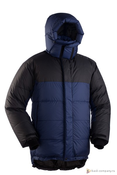 Пуховая куртка BASK KHAN TENGRI V6 3324bЗнаменитая зимняя альпинистская пуховая куртка из коллекции Extreme.<br><br>Верхняя ткань: Advance® Ecliptic<br>Вес граммы: 1350<br>Вес утеплителя: 580<br>Ветро-влагозащитные свойства верхней ткани: Нет<br>Ветрозащитная планка: Да<br>Ветрозащитная юбка: Да<br>Влагозащитные молнии: Нет<br>Внутренние манжеты: Да<br>Внутренняя ткань: Advance® Classic<br>Водонепроницаемость: 1000<br>Дублирующий центральную молнию клапан: Да<br>Защитный козырёк капюшона: Нет<br>Капюшон: отстегивается<br>Карман для средств связи: Да<br>Количество внешних карманов: 3<br>Количество внутренних карманов: 2<br>Мембрана: Advance MPC<br>Объемный крой локтевой зоны: Да<br>Отстёгивающиеся рукава: Нет<br>Паропроницаемость: 7000<br>Показатель Fill Power (для пуховых изделий): 700<br>Пол: Муж.<br>Проклейка швов: Нет<br>Регулировка манжетов рукавов: Да<br>Регулировка низа: Да<br>Регулировка объёма капюшона: Да<br>Регулировка талии: Да<br>Регулируемые вентиляционные отверстия: Нет<br>Световозвращающая лента: Нет<br>Температурный режим: -35<br>Технология Thermal Welding: Нет<br>Технология швов: теплые и закрытые<br>Тип молнии: двухзамковая<br>Тип утеплителя: натуральный<br>Ткань усиления: Advance® Ecliptic<br>Усиление контактных зон: Да<br>Утеплитель: гусиный пух<br>Размер RU: 58<br>Цвет: СИНИЙ
