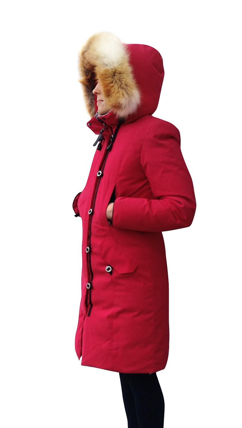 Пуховое пальто BASK HATANGA LADY 1464Куртки<br>Пуховое женское пальто с мембранной тканью из серии &amp;laquo;За Полярным Кругом&amp;raquo;<br><br>&quot;Дышащие&quot; свойства: Да<br>Верхняя ткань: Advance®Alaska<br>Вес граммы: 1720<br>Вес утеплителя: 550<br>Ветро-влагозащитные свойства верхней ткани: Да<br>Ветрозащитная планка: Да<br>Ветрозащитная юбка: Нет<br>Влагозащитные молнии: Нет<br>Внутренние манжеты: Да<br>Внутренняя ткань: Advance® Classic<br>Водонепроницаемость: 5000<br>Дублирующий центральную молнию клапан: Да<br>Защитный козырёк капюшона: Нет<br>Капюшон: Несъемный<br>Карман для средств связи: Нет<br>Количество внешних карманов: 4<br>Количество внутренних карманов: 2<br>Коллекция: Pole to Pole<br>Мембрана: Да<br>Объемный крой локтевой зоны: Да<br>Отстёгивающиеся рукава: Нет<br>Паропроницаемость: 5000<br>Показатель Fill Power (для пуховых изделий): 650<br>Пол: Женский<br>Проклейка швов: Нет<br>Регулировка манжетов рукавов: Нет<br>Регулировка низа: Нет<br>Регулировка объёма капюшона: Да<br>Регулировка талии: Да<br>Регулируемые вентиляционные отверстия: Нет<br>Температурный режим: -25<br>Технология Thermal Welding: Нет<br>Технология швов: Простые<br>Тип молнии: Двухзамковая<br>Тип утеплителя: Натуральный<br>Ткань усиления: Нет<br>Усиление контактных зон: Нет<br>Утеплитель: Гусиный пух<br>Размер RU: 46<br>Цвет: СИНИЙ