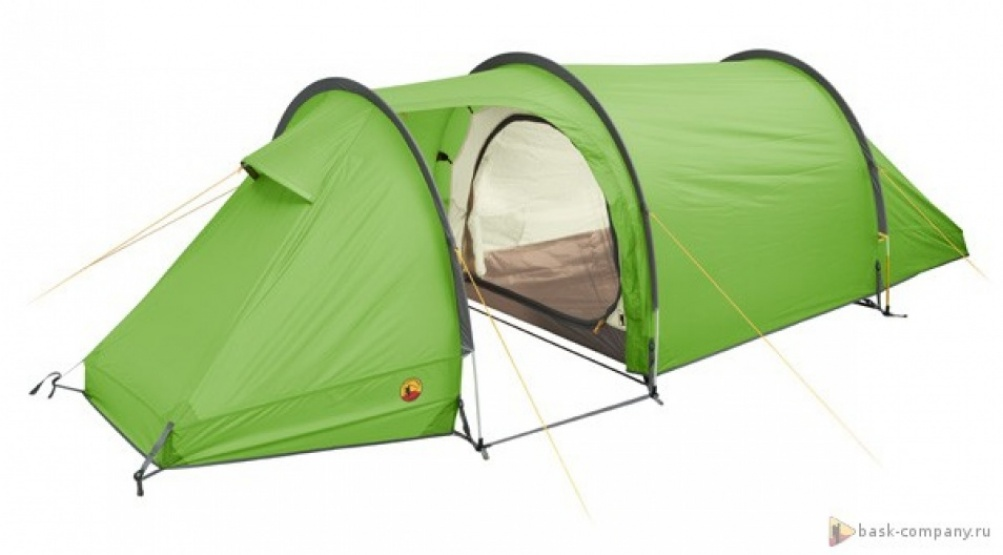 Палатка BASK REACH-3 3742Палатки<br><br><br>Вентиляционные окна: 2<br>Вес (в минимальной комплектации): 3.9<br>Вес (в полной комплектации): 4.1<br>Ветрозащитные юбки: Нет<br>Внутренние карманы и петельки для мелочей: Да<br>Водостойкость дна: 5000<br>Водостойкость тента: 3000<br>Диаметр стоек каркаса: 9,5<br>Количество входов: 1<br>Количество мест: 3<br>Количество оттяжек: 8<br>Количество стоек каркаса: 3<br>Материал внешнего тента: 75D Poly Taffeta 190T PU  3 000 мм, W/R<br>Материал внутренней палатки: 70D Poly 190T breathable  W/R<br>Материал дна: 70D Nylon Taffeta 210T PU 5000 мм, W/R<br>Материал каркаса: Алюминиевый сплав 7001 T6<br>Назначение: Трекинговая<br>Обработка ткани палатки: Водоотталкивающая пропитка (W/R), дышащая<br>Обработка ткани тента: PU (внутренняя поверхность покрыта полиуретаном)<br>Подвесная полка: Да<br>Проклейка швов: Да<br>Противо москитная сетка: Да<br>Размер в упакованом виде: 55х21<br>Способ установки: Тент и внутренняя палатка устанавливаются одновременно<br>Тип входа: На молнии<br>Цвет: ЗЕЛЕНЫЙ