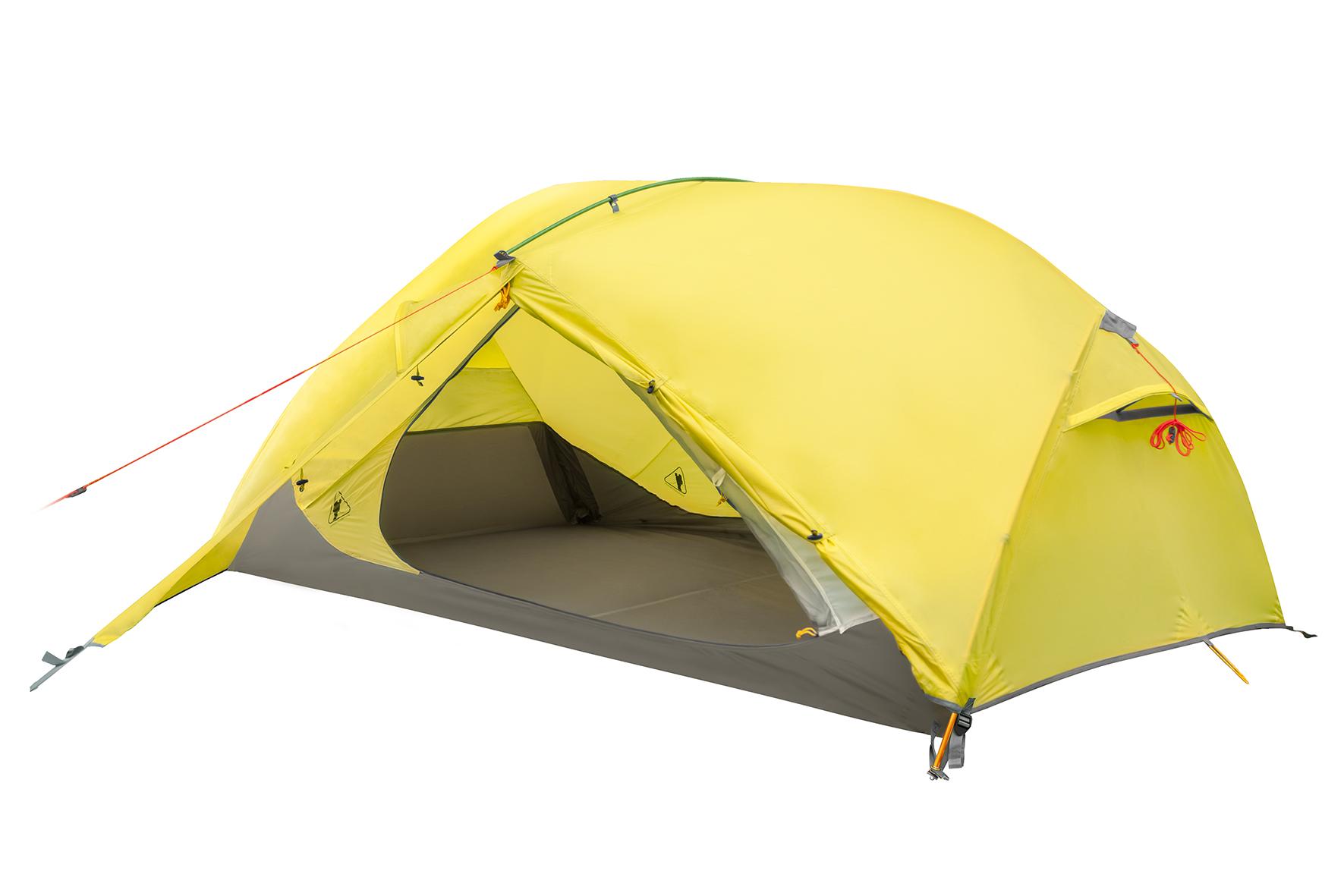 Палатка BASK PINNATE 2 1460Трёхсезонная палатка. Предназначена для прохождения маршрутов&amp;nbsp; в зонах умеренного климата.<br><br>Вентиляционные окна: 4<br>Вес (в минимальной комплектации): 2.75<br>Вес (в полной комплектации): 2.95<br>Ветрозащитные юбки: Нет<br>Внутренние карманы и петельки для мелочей: Да<br>Водостойкость дна: 6000<br>Водостойкость тента: 4000<br>Диаметр стоек каркаса: 9,5<br>Количество входов: 2<br>Количество мест: 2<br>Количество оттяжек: 4<br>Количество стоек каркаса: 1<br>Материал внешнего тента: 40D Nylon RipStop 240T SI/PU 4 000 мм, W/R<br>Материал внутренней палатки: 40D Nylon Ripstop 240T BR, W/R<br>Материал дна: 70D Nylon Taffeta 210T PU 6000 мм, W/R<br>Материал каркаса: диаметр 9.5 мм, DAC AL7001-T6<br>Назначение: экстремальная<br>Обработка ткани палатки: Водоотталкивающая пропитка (W/R), дышащая<br>Обработка ткани тента: PU (внутренняя поверхность покрыта полиуретаном)<br>Подвесная полка: Да<br>Проклейка швов: Да<br>Противо москитная сетка: Да<br>Размер в упакованом виде: 43х19<br>Способ установки: сначала устанавливается внутренняя палатка, затем накидывается тент<br>Тип входа: на молнии